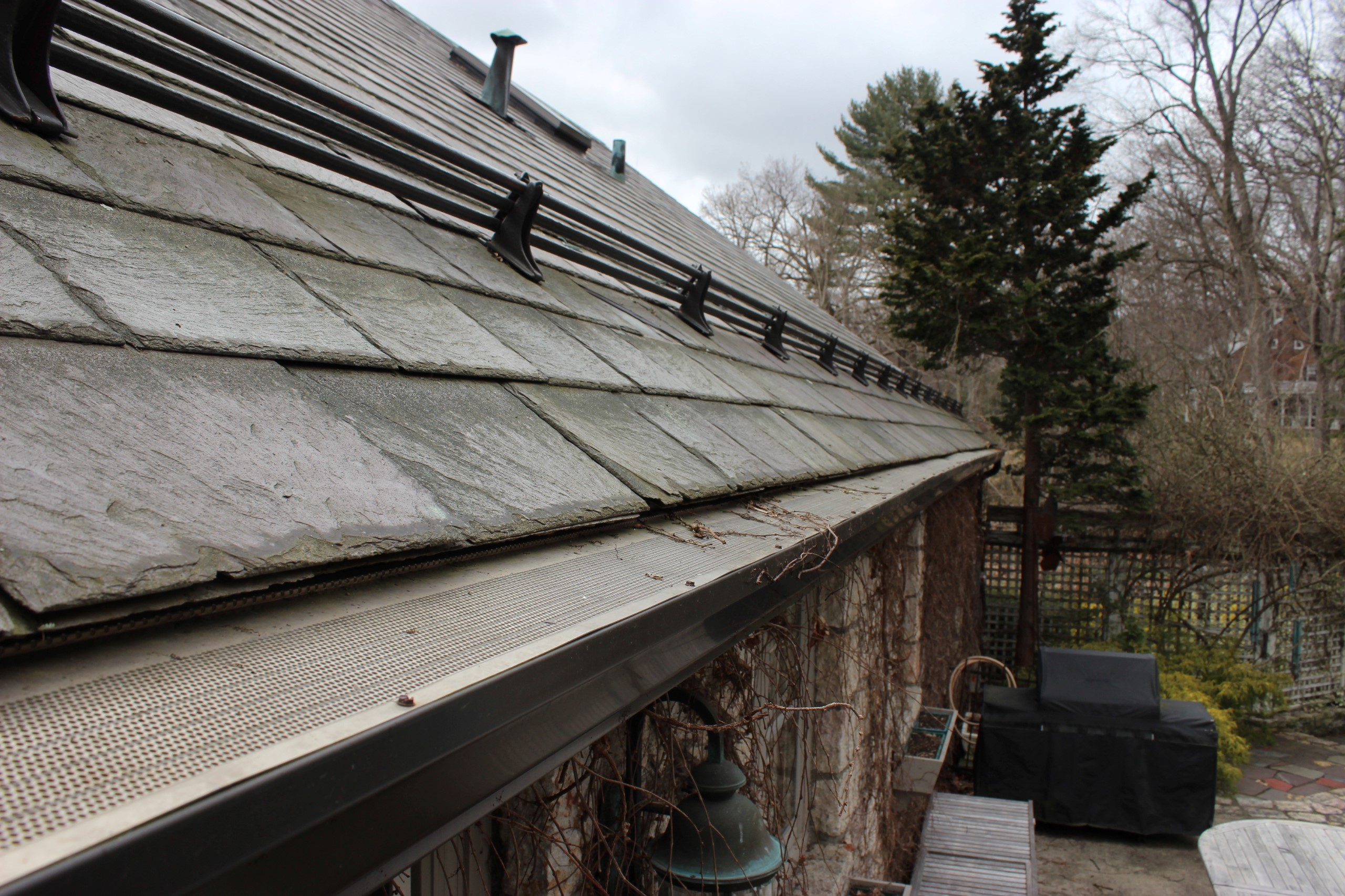 Newburgh Seamless Gutters - Orange County NY Gutter Pros