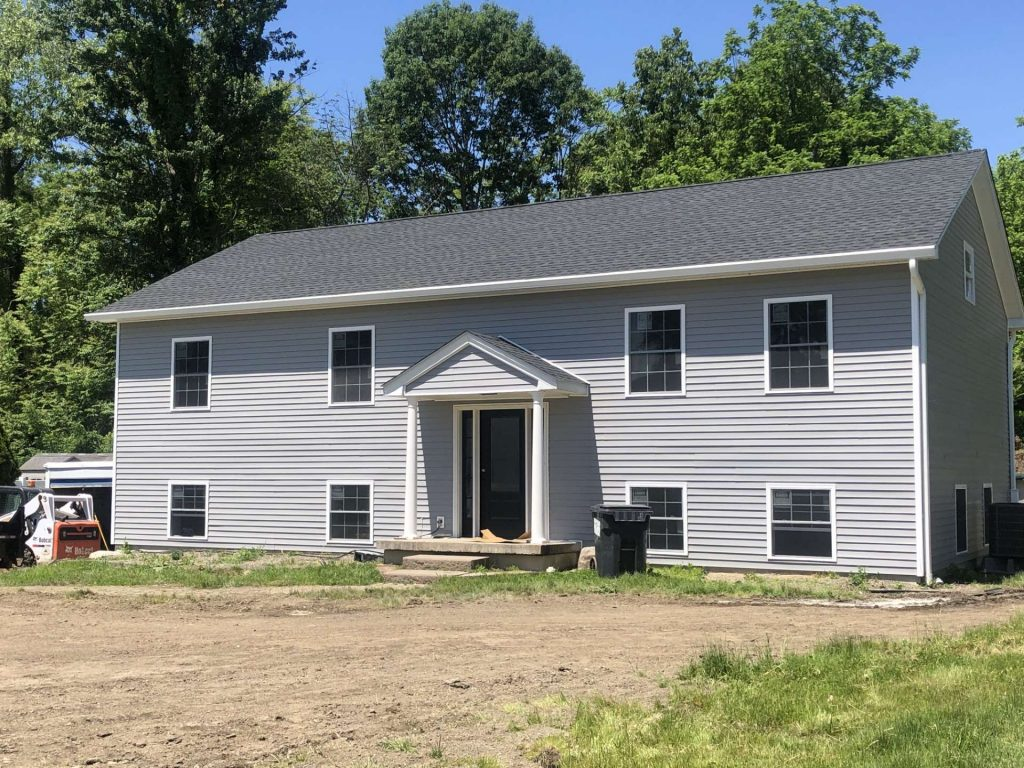 new-home-construction-gutters